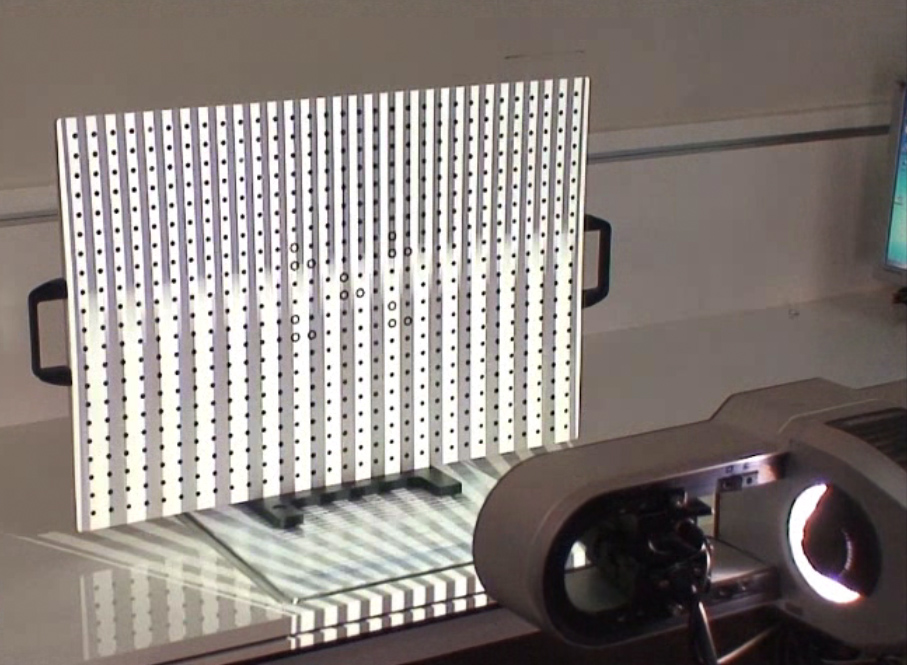 calibration-r4 اسکنر سه بعدی حرفه ای REXCAN4