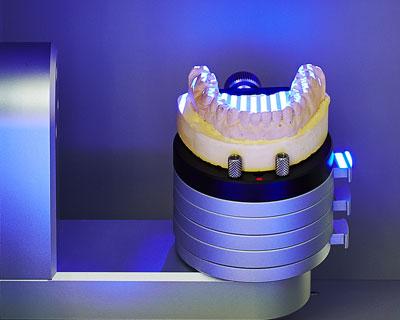 اسکنرسه بعدی دندان پزشکی و دندانسازی